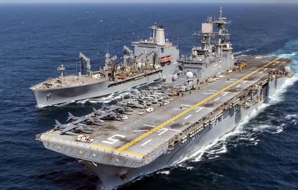 Картинка корабли, армия, флот, USNS Laramie (T-AO 203), USS Bataan (LHD 5)
