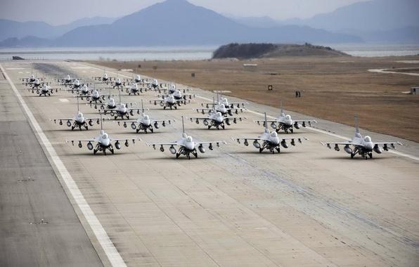 Картинка оружие, аэродром, самолёты