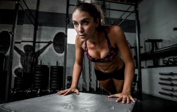 Картинка лицо, тело, спортзал, Dani, отжимание