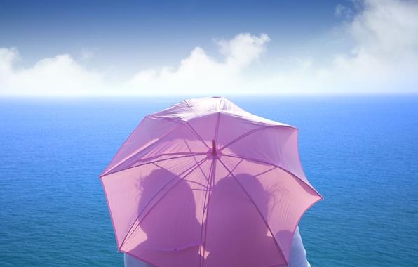 Картинка море, небо, девушка, любовь, зонтик, фон, розовый, widescreen, обои, настроения, чувства, поцелуй, зонт, пара, wallpaper, …