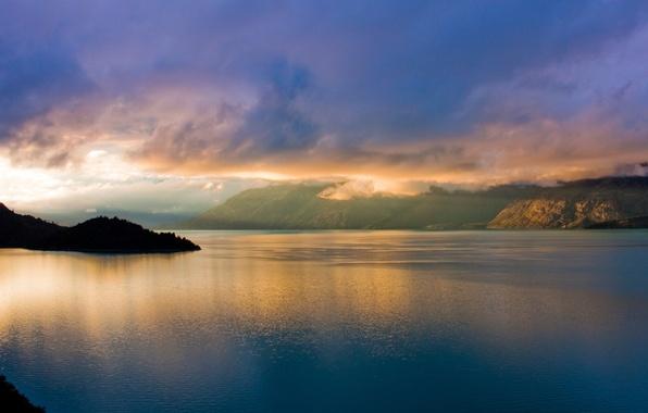 Картинка море, небо, вода, облака, свет, горы, природа, скалы, утро, залив, light, Пейзаж, sky, sea, landscape, …