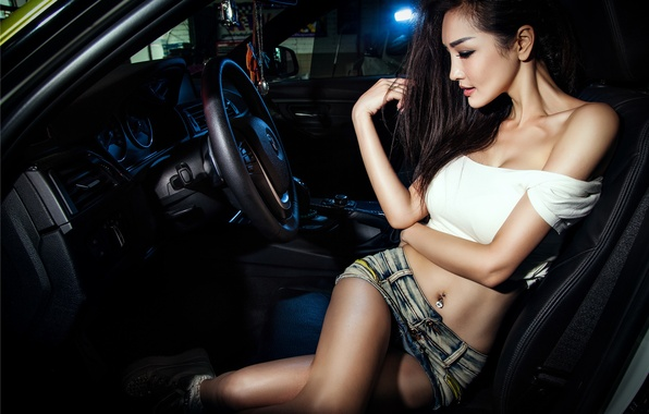 Картинка BMW, Girl, Legs, Model, View, 3 Series, Wheels, Hair, Shirt, Mike, Photoshoot, Korean, F35, Salon, …