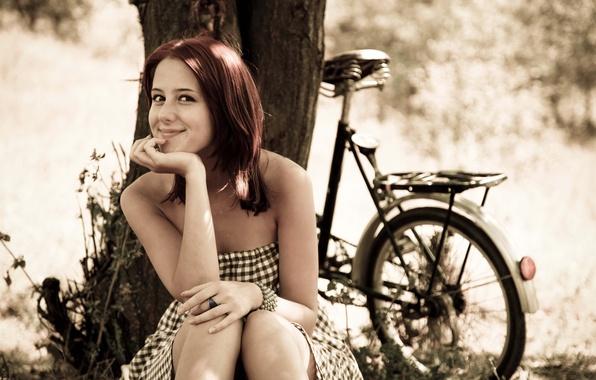 Картинка лето, девушка, радость, велосипед, настроение, отдых, релакс, романтика, позитив, размытость, прогулка, боке.