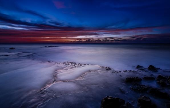 Картинка небо, облака, закат, океан, берег, побережье, Гавайи, USA, США, сумерки, синее, Hawaii, малиновый