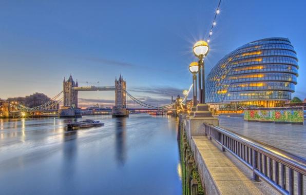 Картинка река, Англия, Лондон, фонари, Темза, Тауэрский мост, набережная, Tower Bridge, London, England, River Thames, City …
