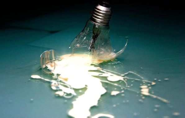 Картинка энергия, стекло, лампочка, обломки