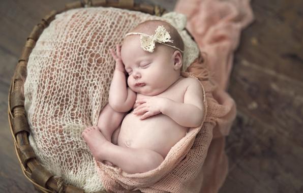 Картинка корзина, ребенок, сон, девочка, бантик, младенец, кроха
