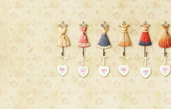Картинка фон, розовый, обои, сердце, текстура, наряд, сердечко, бантик, dress, бежевый, платья, вешалки, цвточки