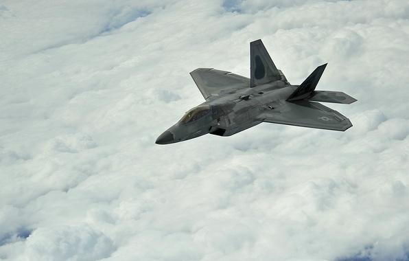 Картинка облака, полёт, самолёт, F-22, Raptor, Stealth, ВВС США, Lockheed/Boeing, многоцелевой истребитель пятого поколения