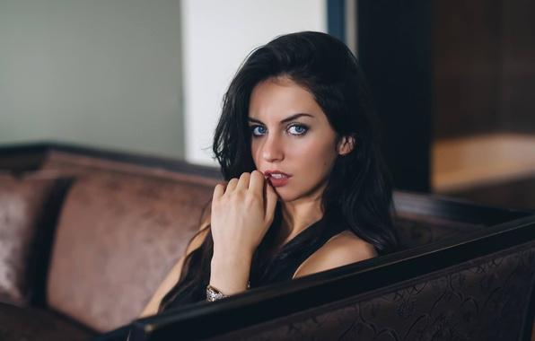 Девушка модель прелести фото 581-930