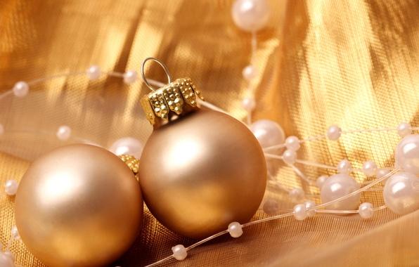 Картинка зима, шарики, украшения, игрушки, Новый Год, Рождество, бусы, декорации, Christmas, золотые, праздники, New Year, елочные