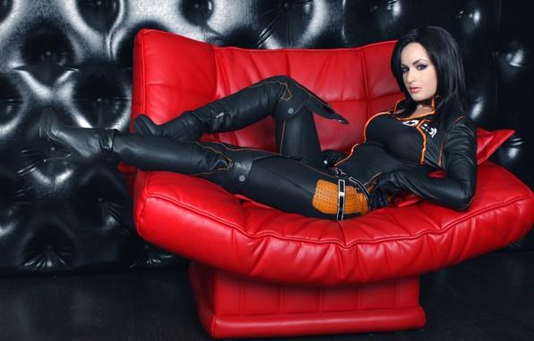 Картинка девушка, поза, диван, костюм, cosplay, Mass effect, Miranda Lowson, Afterlife