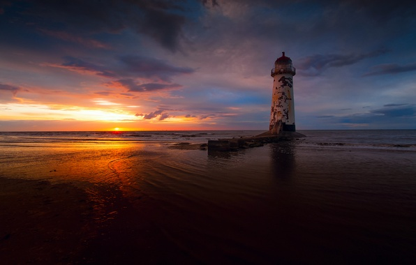 Картинка море, небо, солнце, облака, свет, закат, маяк, вечер