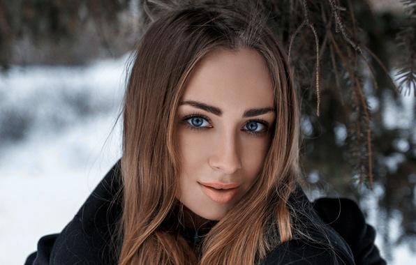 Картинки девушек шатенок зима