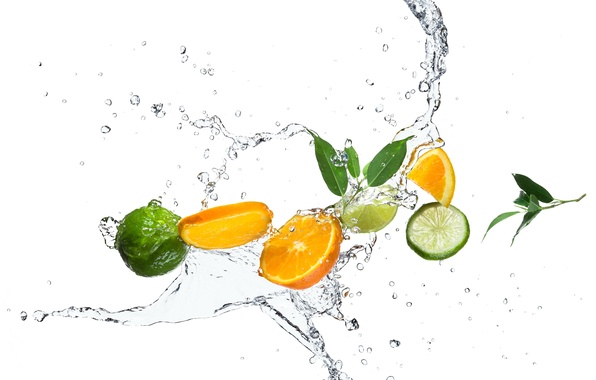Картинка вода, капли, брызги, апельсин, лайм, цитрусы, листики, дольки