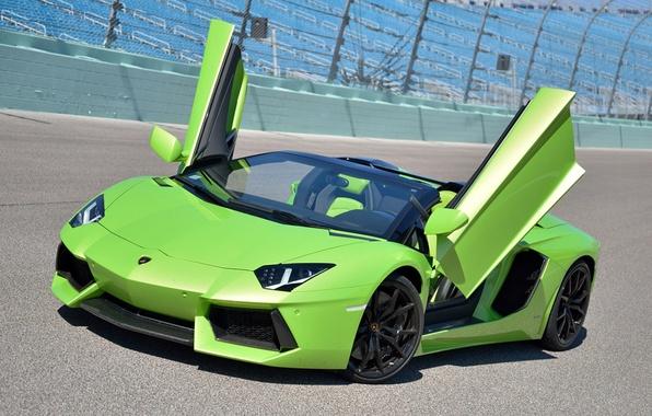 Картинка green, Roadster, Lamborghini, track, LP700-4, Aventador, door