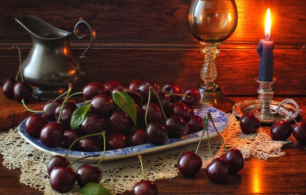 Картинка ягоды, бокал, свеча, кувшин, натюрморт, черешня