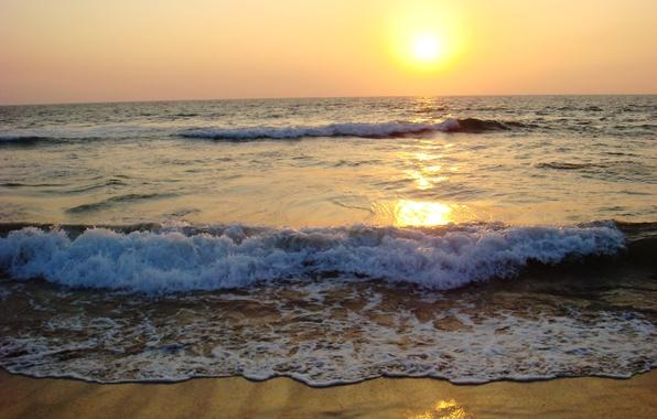 Картинка море, волны, пена, солнце, закат, природа, берег