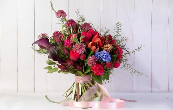 Фото обои bouquets, тюльпаны, розы, tulips, лента, каллы, гиацинты