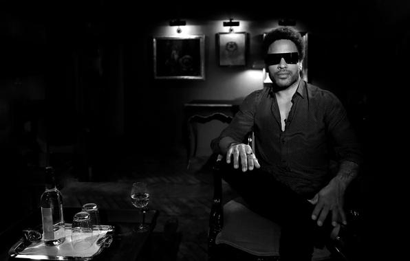 Картинка продюсер, аранжировщик, автор ретро песен, Lenny Kravitz, мультиинструменталист, американский рок-музыкант