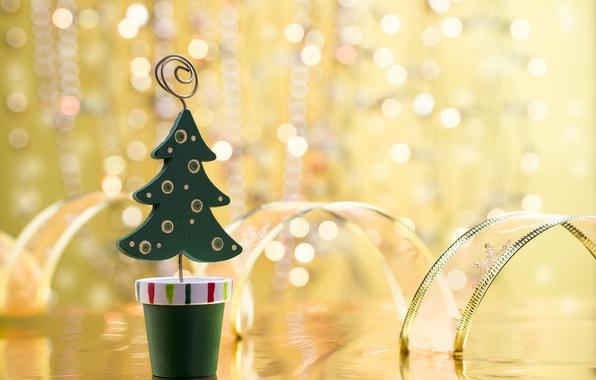Картинка фон, праздник, обои, игрушка, елка, новый год, лента, christmas, new year, широкоформатные, праздники, боке, елочка, …