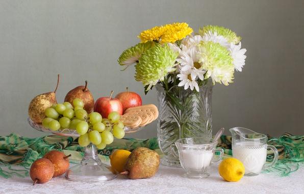 Картинка цветы, лимон, яблоко, букет, печенье, виноград, фрукты, натюрморт, груши, хризантемы