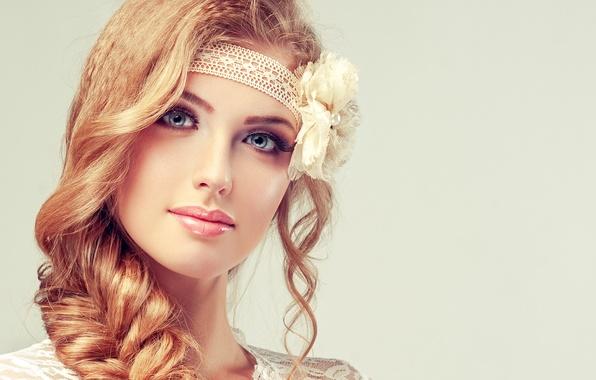 Картинка цветок, взгляд, девушка, лицо, улыбка, макияж, коса