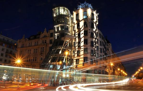 Картинка ночь, огни, Прага, Чехия, набережная, танцующий дом
