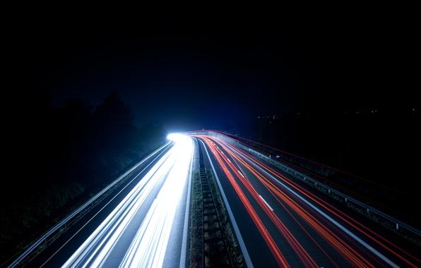 Картинка дорога, белый, свет, машины, ночь, красный, движение, размыто, deviantart, nemox2001