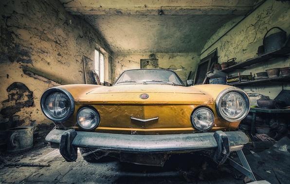 Картинка машина, гараж, лом, Fiat