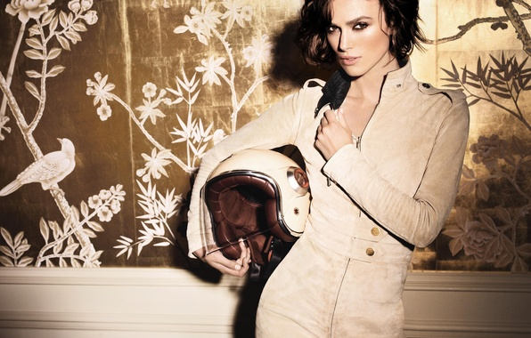 Картинка Keira Knightley, eyes, model, lips, look, actress, helmet