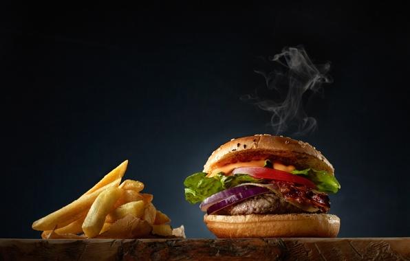Картинка мясо, салат, картофель фри, бургер