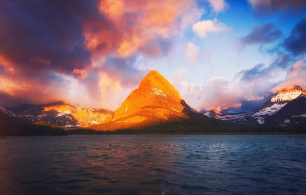 Картинка свет, озеро, гора, утро, Монтана, США, штат, Национальный парк Глейшер, Grinnell, Swiftcurrent
