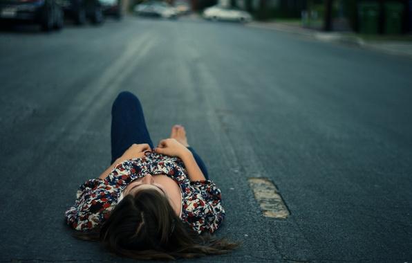 Картинка дорога, асфальт, лежит, отдыхает