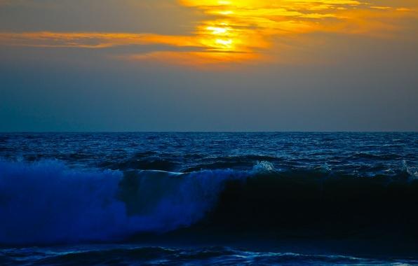 Картинка море, волны, небо, облака, закат, шторм