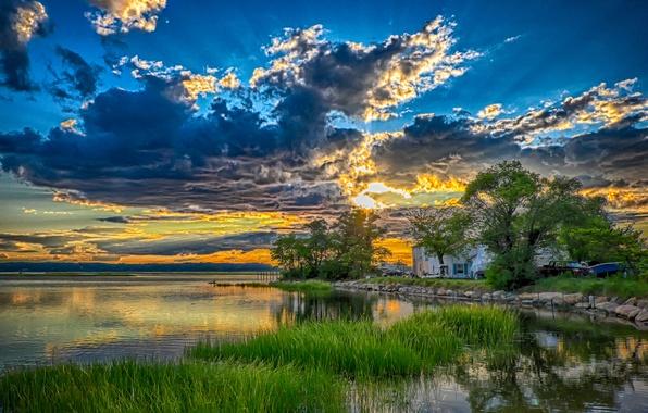 Картинка небо, деревья, закат, тучи, озеро, дом