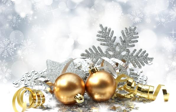 Картинка шарики, праздник, шары, игрушки, Новый Год, Рождество, серпантин, золотые, снежинка, елочные