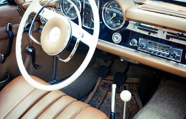 Картинка car, панель, кожа, приборы, руль, салон, mercedes benz, photo, photographer, retro, markus spiske, pagode W113