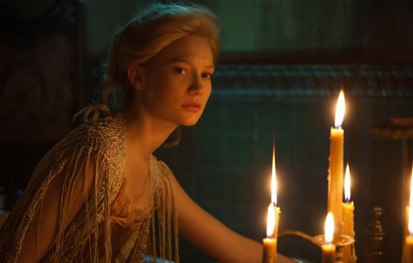 Картинка огонь, кадр, свечи, фэнтези, блондинка, полумрак, Mia Wasikowska, Crimson Peak, Багровый пик, Edith Cushing, Миа …