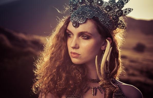Картинка взгляд, девушка, стиль, настроение, волосы, корона, рыжая, рыжеволосая, Alexandria Basso