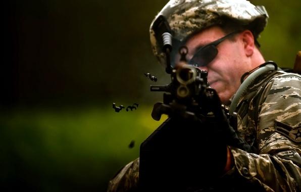 Картинка оружие, солдат, M249
