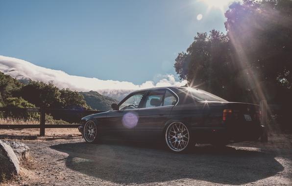 Картинка горы, бмв, BMW, черная, диски, классика, E34, бэха, BBS, 535i