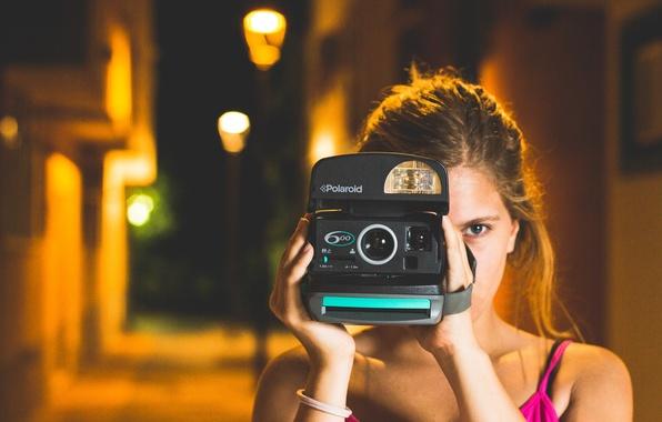 Картинка девушка, глаз, камера, фотоаппарат, фотографирует, снимает