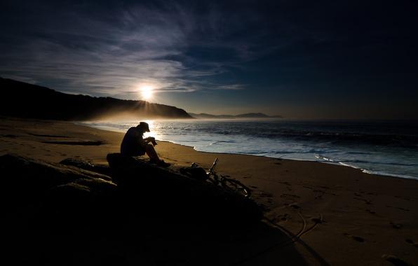 Картинка песок, море, волны, вода, солнце, горы, камни, люди, настроение, океан, рассвет, берег, побережье, пейзажи, камень, …