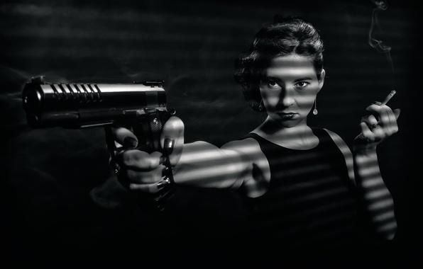 Картинка девушка, пистолет, сигарета