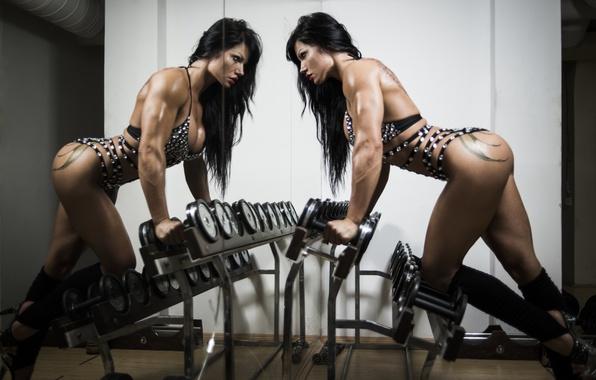Картинка photography, brunette, female, mirror, fitness, gym, bodybuilder