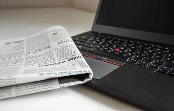 Фото обои газета, ноутбук, боке