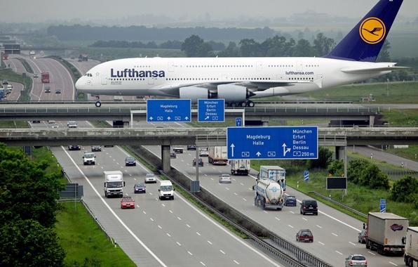 Картинка Дорога, Мост, Город, Автобан, Машины, City, Cars, Bridge, A380, Airplane, Самолёт, Lufthansa, Пассажирский, Airbus, Road, …