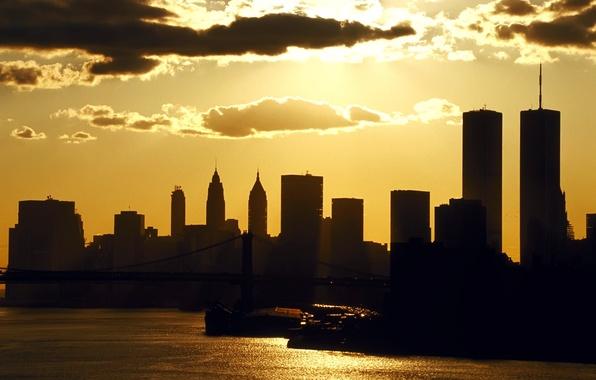 Картинка море, небо, облака, закат, ночь, река, здания, дома, тень, небоскребы, вечер, катер, нью-йорк, сша, небоскрёбы, …