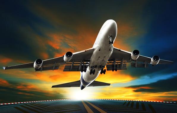 Картинка небо, асфальт, солнце, тучи, самолет, взлетная полоса, пассажирский, взлетает